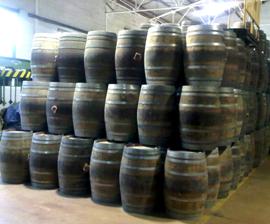 used barels used oak barrels wine barrels for decoration. Black Bedroom Furniture Sets. Home Design Ideas